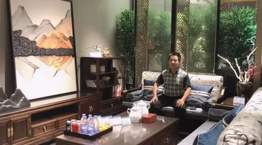 【威廉希尔体育官方家居全国优秀经销商】河北廊坊卢总:匠心守恒,岁月不改!